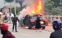 Nữ tài xế Mercedes gây tai nạn thảm khốc khai đi giày cao gót nên đạp nhầm chân phanh sang chân ga