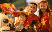 Vỡ òa giấc mơ VÀNG 60 năm bóng đá Việt Nam!