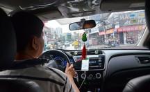 """Vay mua xe chạy taxi công nghệ: Không """"dễ ăn"""""""