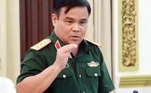 """Thượng tướng Lê Chiêm nói gì về thông tin """"cán bộ lấy lương khô cứu trợ làm... quà""""?"""