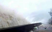Quảng Ngãi bắt đầu có mưa lớn, vùng biển có gió mạnh liên hồi do bão số 9