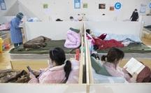 Covid-19: Cô gái không triệu chứng làm 5 người thân bị viêm phổi cấp