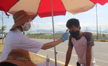 """Sợ """"vỡ trận"""", Quảng Nam kiến nghị dừng tàu chở khách từ TP HCM, Hà Nội về"""