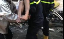 TP HCM: Cứu 7 người thoát khỏi đám cháy trong căn nhà hai tầng