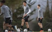 Hết kiên nhẫn với Heerenveen, CLB Hà Nội gọi Đoàn Văn Hậu về nước thi đấu