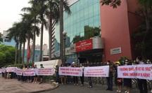 NÓI THẲNG: Sốc với kiểu làm ăn của Trường Quốc tế Việt Úc