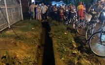 CLIP: Mưa lớn ở Đồng Nai, nước cuốn 1 cô gái vào cống mất tích