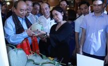 Thủ tướng trực tiếp giải đáp nhiều thắc mắc của nông dân