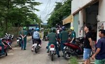 """Hàng chục thanh niên mang tuýp sắt gắn vật nhọn """"dàn trận"""" ở TP Biên Hòa"""
