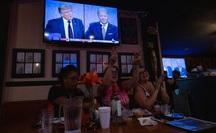 """Tranh luận tổng thống Mỹ: """"Còn tệ hơn các bà nội trợ gấu ó"""""""