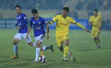 Hà Nội FC thất bại nặng nề ngày ra quân V-League 2021