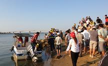 Vợ chồng già mất tích do lật ghe khi đánh cá trên sông Bồ