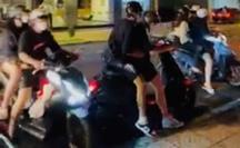 CLIP: Người phụ nữ ném đồ từ tầng cao khách sạn xuống đường ở quận 1 - TP HCM