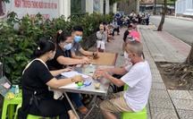 Ông Lê Minh Tấn: TP HCM sẽ kéo dài thời gian chi hỗ trợ đợt 3!