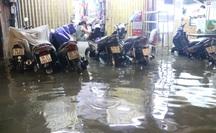 Khu trung tâm TP HCM đang ngập