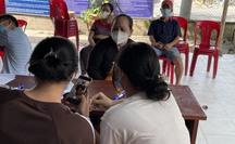 """TP HCM: Đã phát hiện hơn 700 người """"nhận nhầm"""" tiền hỗ trợ ở Hóc Môn"""