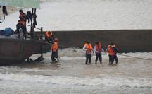 Tàu chở đoàn cán bộ gặp sự cố: Giám đốc Sở GTVT tỉnh Quảng Trị nói gì?