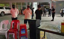 """Tướng Campuchia bị Thủ tướng """"sờ gáy"""" vì tiệc tùng giữa dịch Covid-19"""