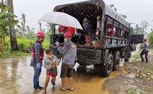 Siêu bão vào Philippines, gió giật 315 km/giờ