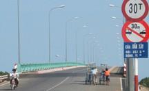 Vì sao 6 cây cầu ở Cần Giờ bị giảm tốc độ tối đa xuống còn 60km/h?