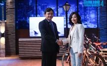 """Shark Phú nói """"Anh chỉ quan tâm đến em thôi"""" gây tranh cãi trong chương trình trên sóng VTV"""