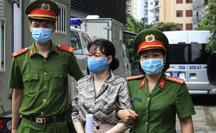 """Nữ giám đốc Tài chính Nhật Cường nhắn nhủ chồng """"ra tù sẽ là người vợ tốt hơn"""""""