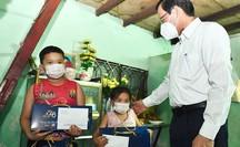 TP HCM sẽ chăm lo, tạo điều kiện học tập cho trẻ mồ côi vì Covid-19 đến năm 18 tuổi