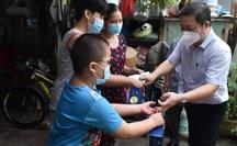 TP HCM: Tất cả hoạt động thiện nguyện dành cho trẻ mồ côi do Covid-19 phải thông qua địa phương