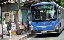 TP HCM: Từ 1-10, đề xuất cho xe buýt, taxi, ôtô công nghệ hoạt động lại
