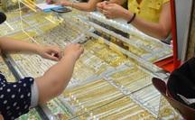 Giá vàng hôm nay 27-9: Vàng thế giới nhảy vọt, vẫn thua xa vàng SJC
