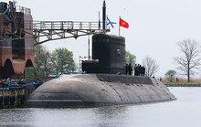 Tàu ngầm Hà Nội về đến cảng Cam Ranh ngày 30-12