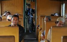 Nhân viên đường sắt hiếp dâm thiếu nữ, ném xác xuống đường ray