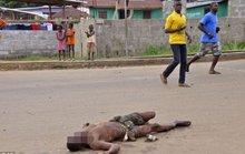 Đẩy xác ra đường vì sợ virus sát thủ Ebola