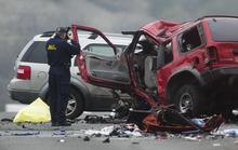 Ô tô lạc đường trên cao tốc, cả gia đình chết thảm