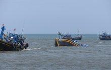 Lại chìm tàu cá ngoài biển Bình Thuận
