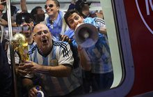 Một World Cup cân bằng