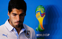 """Đòn """"cẩu xực"""" của Suarez dưới góc nhìn tâm lý học"""