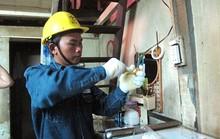 Giúp công nhân nghèo dùng điện an toàn