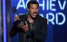 """Lionel Richie được tôn vinh là """"huyền thoại hát sống"""""""