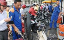 """Giao Bộ Công Thương """"quyết"""" giá xăng dầu"""