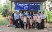 Trợ vốn gần 1 tỉ đồng cho CNVC-LĐ sửa chữa nhà
