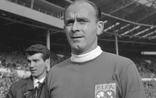 Huyền thoại Di Stefano của Real Madrid qua đời ở tuổi 88
