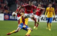 Bán kết Europa League: Bà đầm già Juve thua trên đất Bồ