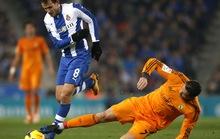Pepe lập công, Real Madrid áp sát ngôi đầu