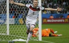 Schurrle và Ozil lập công, Đức chật vật vào tứ kết