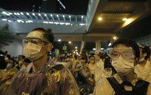 Người biểu tình vây kín trụ sở chính quyền Hồng Kông