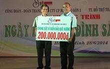 Công ty May Sài Gòn 3 ủng hộ 200 triệu đồng