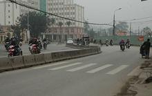 Dân bức xúc vì đường bị bẻ cong