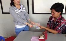 Hoàn tiền cho khách mua đồng hồ dỏm