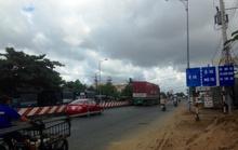 CSGT mướt mồ hôi, giao thông rối vì biển báo mới